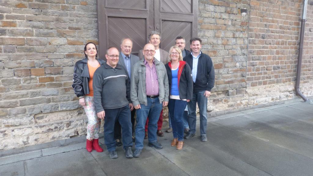 FWG-Kandidaten VG-Ratswahl 2014 (v.li.): Erika Michels, Hans-Peter Diel, Udo Mergen, Alwin Brenner, Dr. Mattihas Kötting, Elke Backes, Klaus Jüngling, Udo Adriany